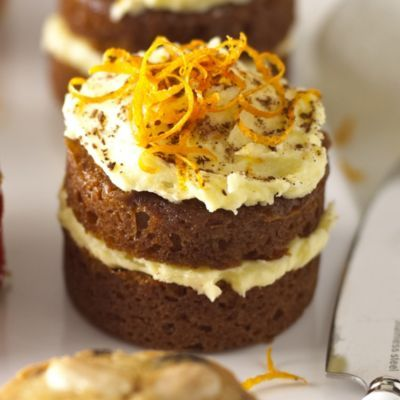 A Lakeland recipe for Mini Ginger Cakes, happy cooking!