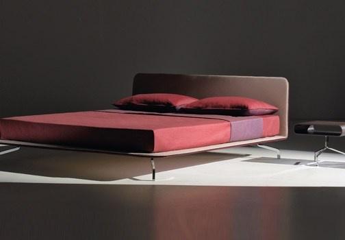 Camere da letto tra ricerca e'accessibilità a un target sempre più ampio sono gli obiettivi di Orizzonti. http://www.leonardo.tv/camera-da-letto/arredare-camera-da-letto-galli-orizzonti