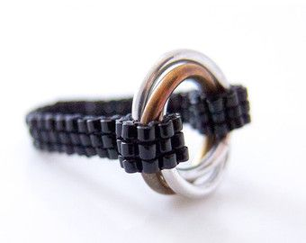 Unendlich-Ring, Silber Infinity Ring, Silberring Chainmail, Chainmaille Ring, Perlen Ring, schwarzer Ring, Promise Ring