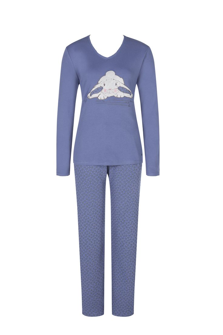 A sweet eye-catcher from the Triumph Everyday Homewear collection. Photographed: Triumph Pyjama set in Atlantis