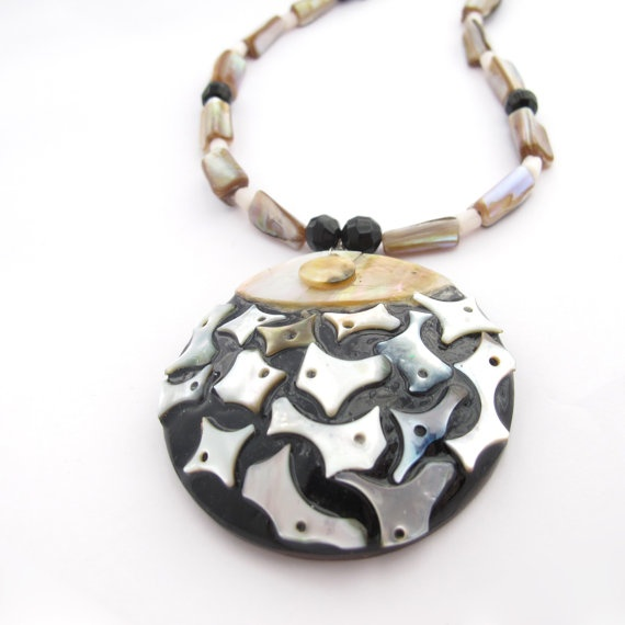 Resin & Mother Of Pearl Pendant Necklace With by MoonlightShimmer, $25.00Pendant Necklace, Pendants Necklaces, Pearls Pendants