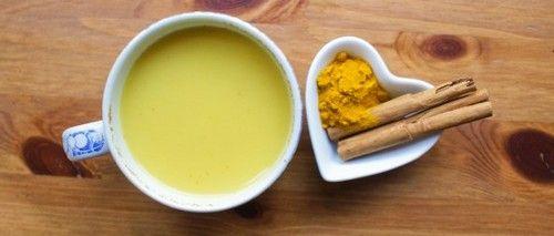 Il golden milk o latte di curcuma: proprietà, benefici e come si prepara!