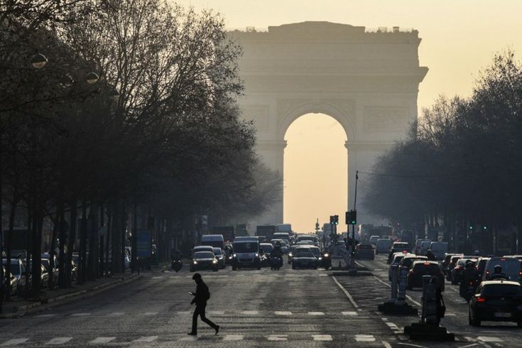 What do Parisians think of the pollution nightmare?