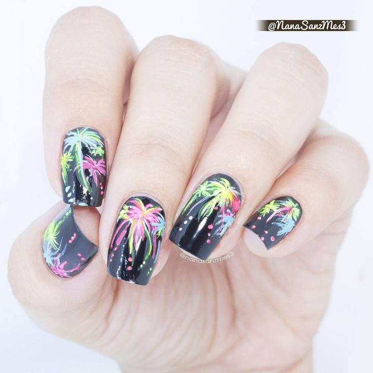 Best 25 firework nail art ideas on pinterest firework nails firework nail art perfect for the 4th of july or new years prinsesfo Images