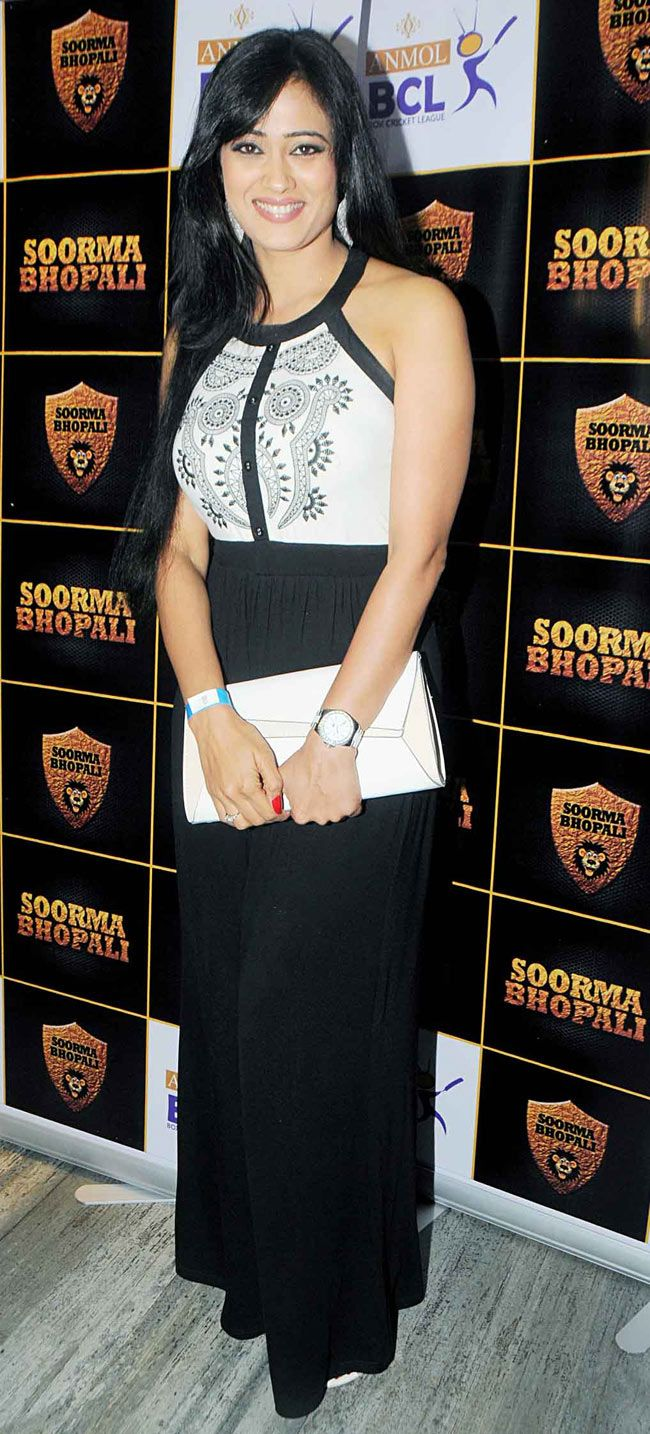 Shweta Tiwari at the official launch of the BCL team Soorma Bhopali's team jersey. #Style #Fashion #Beauty #Bollywood #BCL