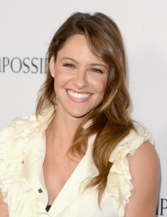 Jill Wagner at an event for The Impossible (2012)