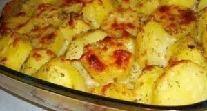 Uma receita de batata especial, que você nem vai gastar muito para fazer,e serve para acompanhar diversos pratos e o melhor, é rápida, fácil e deliciosa!