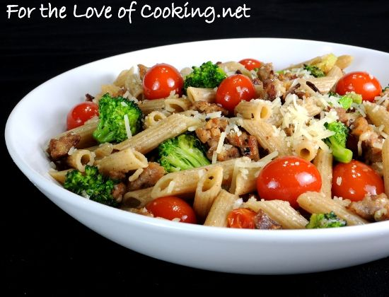 Whole Wheat Penne with Turkey Italian Sausage, Broccoli, Grape Tomatoes, and Parmesan CheeseTurkey Italian, Italian Sausage, Yummy Recipe, Yummy Food, Italian Recipe, Penne Pasta, Wheat Penne, Food Drinks, Yummy Pasta