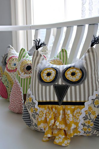 Scrappy Owl Pillows | Flickr - Photo Sharing!