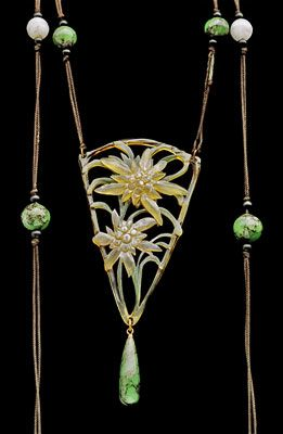 ELIZABETH BONTE  Art Nouveau Floral Pendant   Horn  H: 11.8 cm (4.65 in)  W: 5.4 cm (2.13 in)   Marks: 'E. Bonte'  French, c.1900  Engraved & painted horn, glass paste with fine silk cord length: 86cm