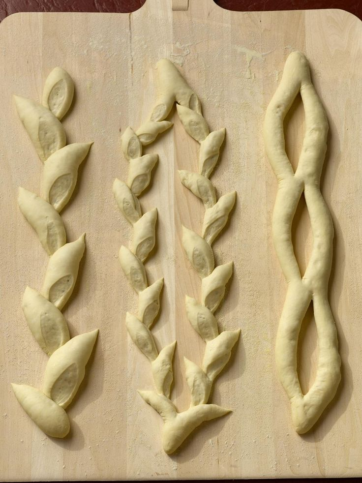 Three varieties of Epi Bread: Single, Double, and Fougasse.