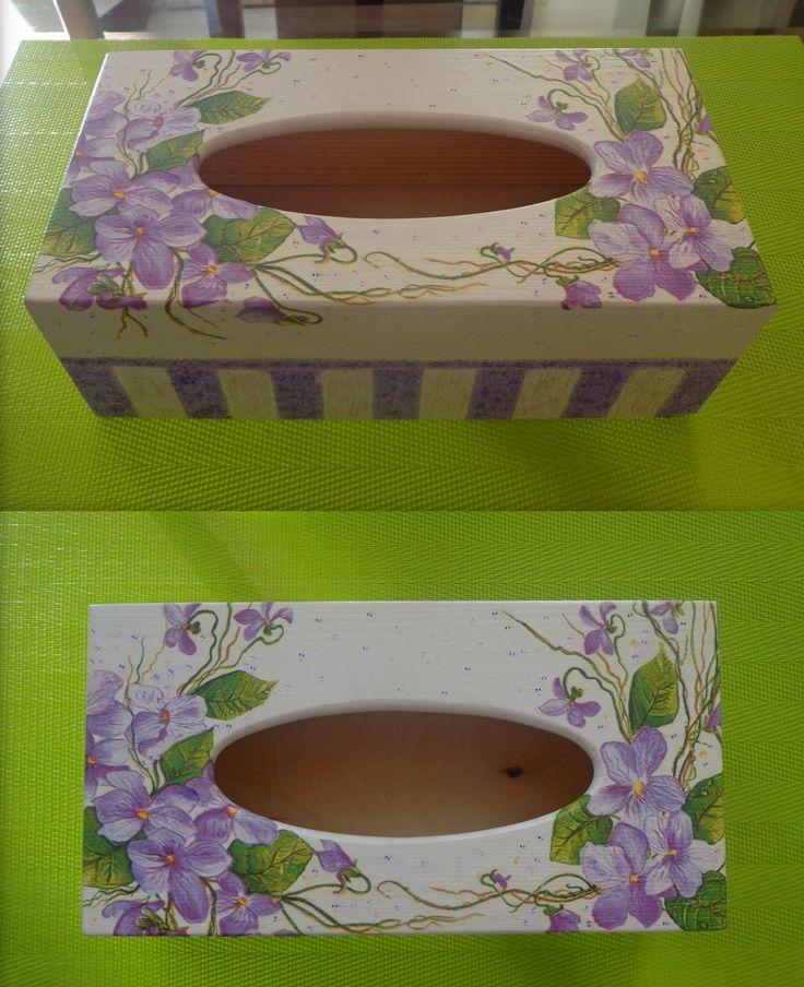 Violet gift box for tissues
