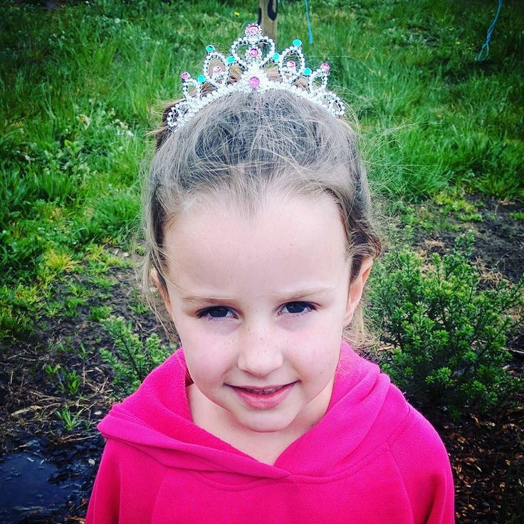 If you want to be a princess my baby girl you go ahead and rock that crown