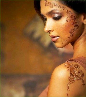 Deepika Padukone - Henna