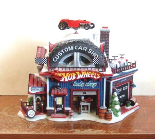 Dept 56 North Pole Hot Wheel's Custom Car Shop #56784 ★NIB★ (Y361)