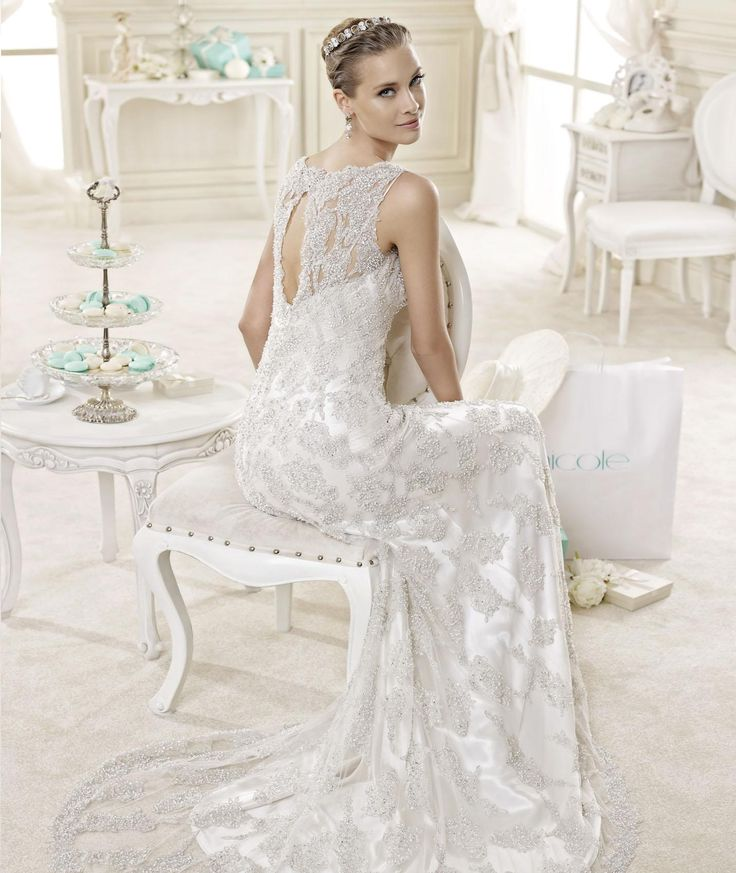 #Nicole #2015Collection #weddingdress #nicolespose  ► http://www.nicolespose.it/it/abito-da-sposa-Nicole-DAMIANA-NIAB15001DI-2015