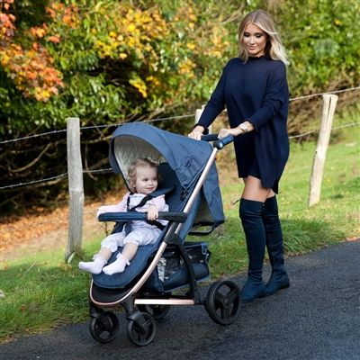 How nice is this Gold & Navy pushchair designed by celebrity mum Billie Faiers VIEW HERE: https://www.ittybitty.co.uk/product/my-babiie-mb200-rose-gold-and-navy-stroller-pushchair-buggy/ PayPal or Credit/Debit card Secure website international shipping #mybabiie #billiefaiers #towie #rosegold #celeb #babyboutique #pregnant #baby #2018