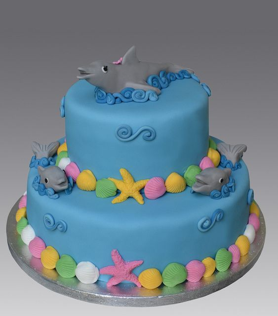 Dolphins Cake by Gellyscakes, via Flickr