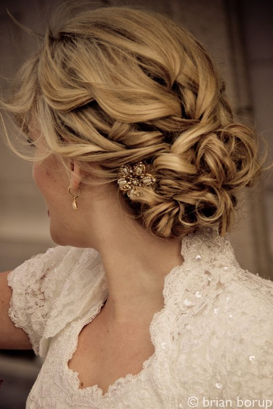 Beautiful romantic updo. Love the hidden brooch! Wedding formal curl vintage soft bridal bride bridesmaid party