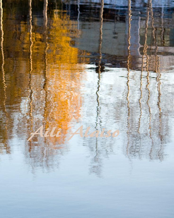 Reflection...Veitikantiellä Rovaniemi Finland Photo:Aili Alaiso