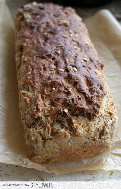 CHLEB SŁONECZNIKOWY Z MAŚLANKĄ 500 g mąki pszennej pełn…