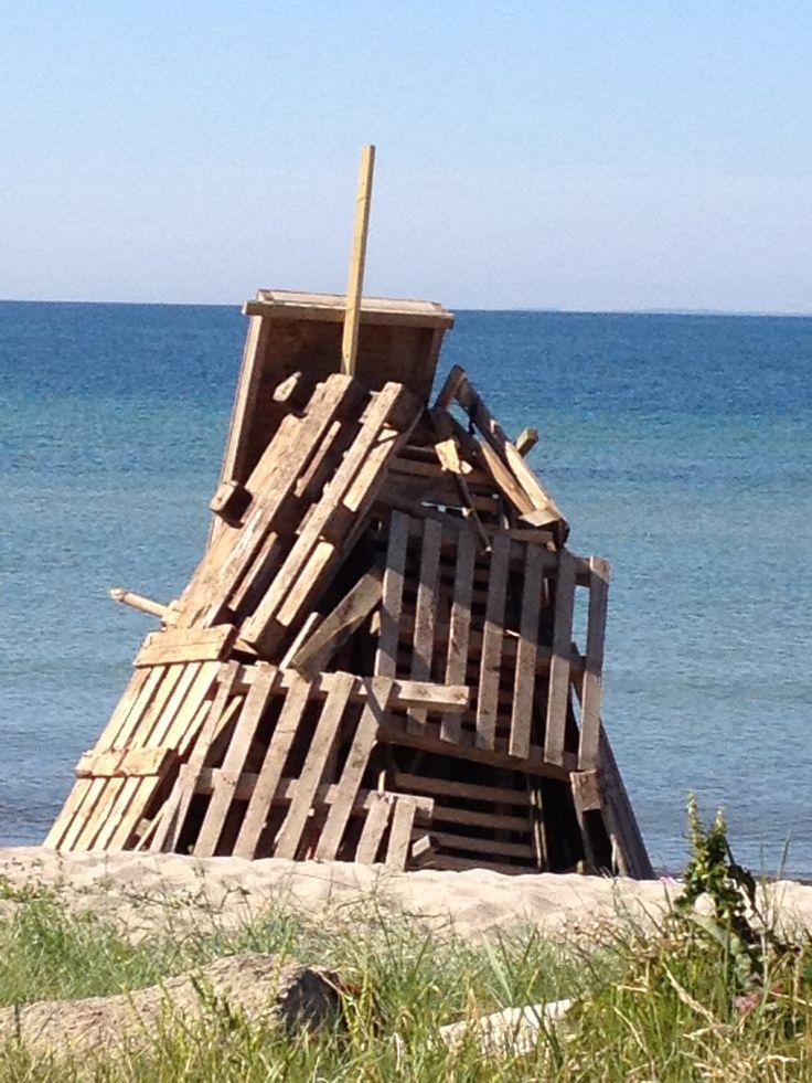 Sct.Hans - beach fire