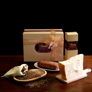 """A cold winter's night, chunks of #Parmesan cheese as an appetizer and, on the table just waiting to be eaten, a main course of cotechino with lentils. """"Gazzetti"""" 24 month-aged Parmesan kg.0.500/0.550 Preboiled #Cotechino """"Regnani"""" kg.0.5 #Lentils in jute bag kg.0.5  #gazzettifood #gazzetti #italianfood #christmas"""