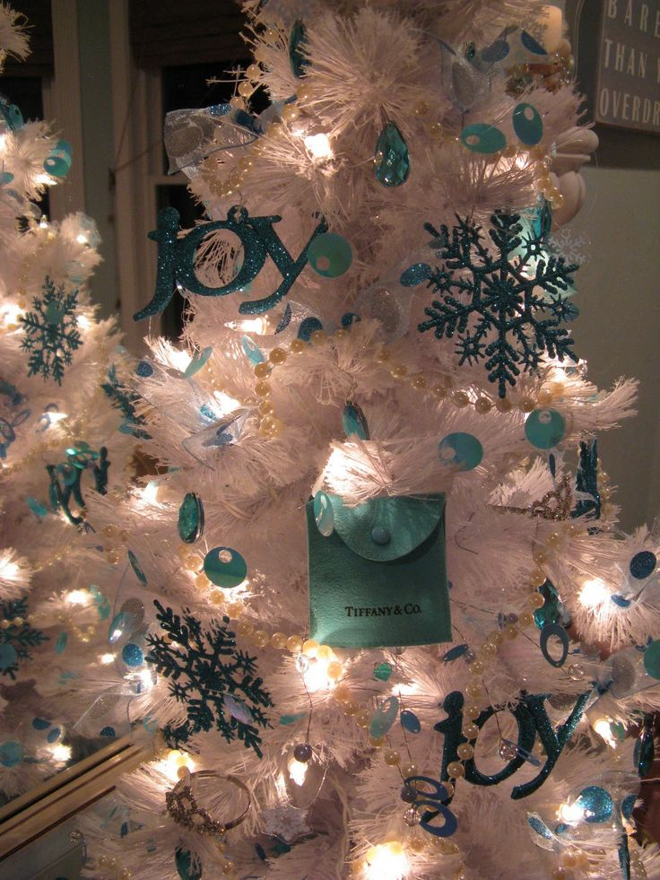 102 best Tiffany Blue Christmas images on Pinterest | Christmas ...
