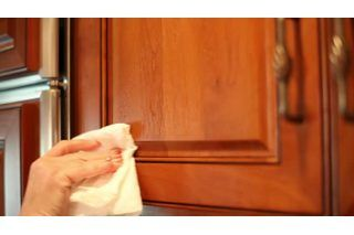 how to clean greasy kitchen cabinets how to remove years of greasy build up from kitchen 16869