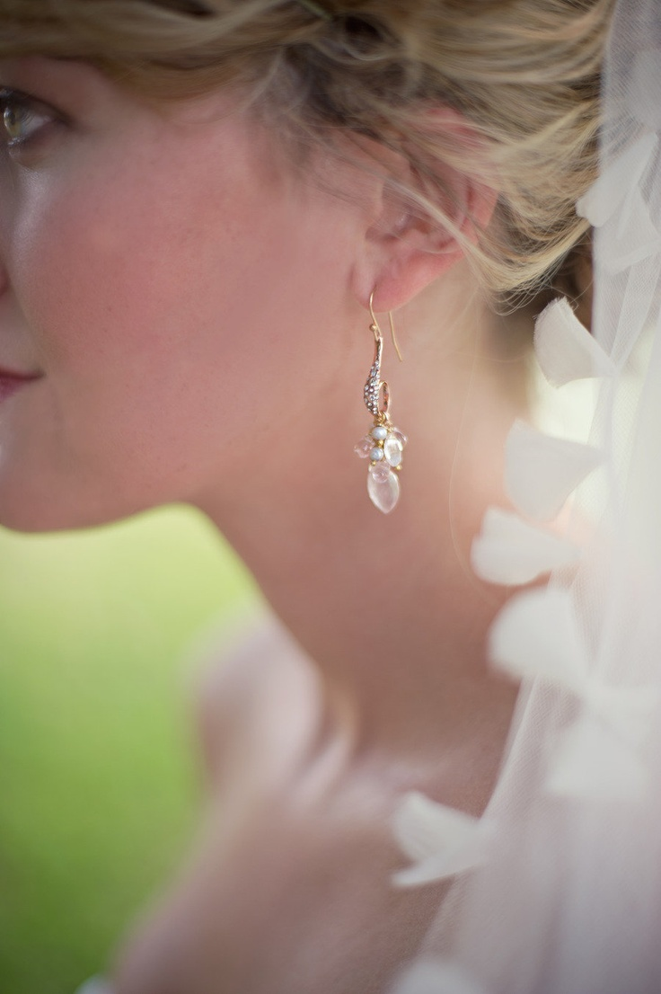 Earrings by Alexis Bittar ~ SO pretty!  Photography by harwellphotograph...