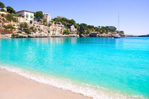 Porto Cristo beach in Manacor, Majorca Mallorca, Spain. http://www.jddiscounttravel.co.uk/destinations/europe/spain/majorca/magaluf