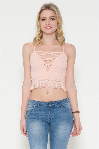BLUSA CRISS CROSS BANDED   $39.900 Compra en Colombia este y muchos otros productos fashion desde nuestra tienda www.bonitas.com.co  tenemos outfits, accesorios, zapatos, maquillaje y mucho más para ti.