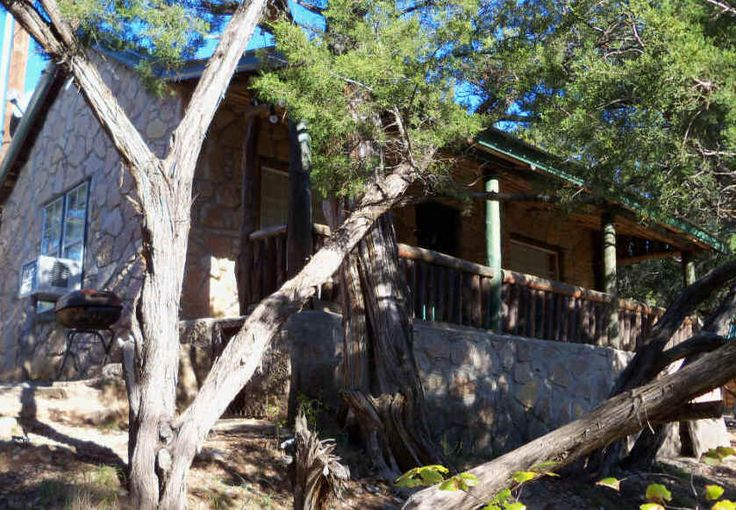 Near Turner Falls, Oklahoma, Cedar Falls Cabin Rentals.  Enjoy a glass of tea in the shade of the porch while looking over the beautiful landscape.  Feels like a vacation to me.  Check out this cabin and others.