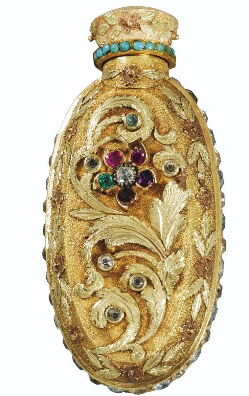 flacon à parfums en or de trois tons, probablement Londres, vers 1820 - Sothebys