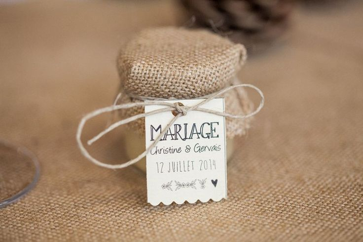 petit pot de miel cadeaux aux invités gifts Déco et fleurs by FéeLicité Mariage rustique champêtre en Savoie