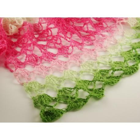De lente begint vanzelf met deze lekkere luchtige sjaal. Gehaakt van 1 Laceball van Schoppel-wolle.