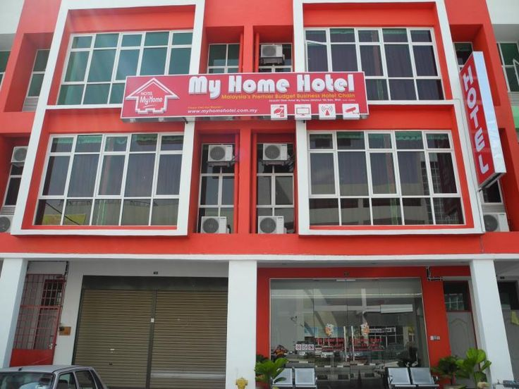 Ipoh My Home Hotel Ipoh Station 18 Malaysia, Asia My Home Hotel Ipoh Station 18 is a popular choice amongst travelers in Ipoh, whether exploring or just passing through. Offering a variety of facilities and services, the hotel provides all you need for a good night's sleep. To be found at the hotel are 24-hour front desk, Wi-Fi in public areas, family room, smoking area. Guestrooms are designed to provide an optimal level of comfort with welcoming decor and some offering conve...