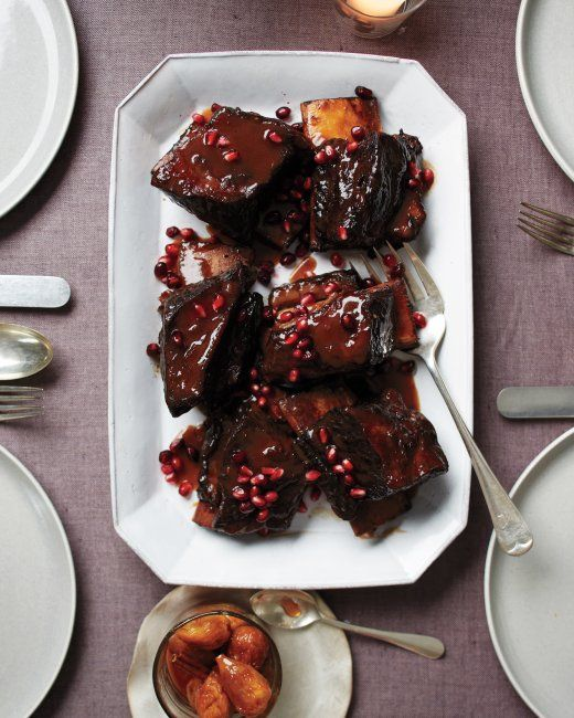 Pomegranate-Braised Short Ribs - *maybe* - not sure on THAT much pom ...