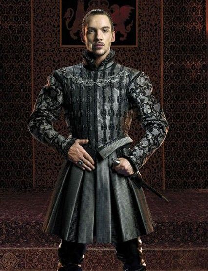 Now, living with Henry in The Tudors was likely to end in heads rolling... but **damn** did the man know fashion.  Lots of heavy velvet, furs, and even leather.