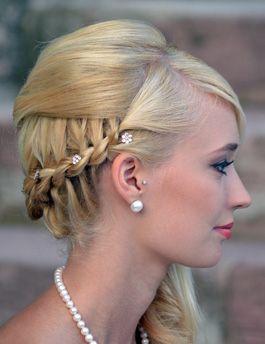 Trends rund um das Thema Brautfrisur und Make-Up für die Hochzeit - weddix