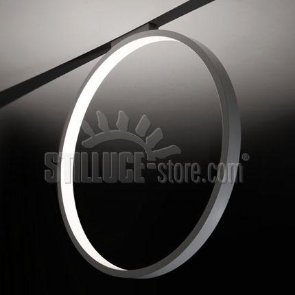 Cini e Nils Assolo 70 lampada a soffitto led; struttura in alluminio verniciato bianco, diametro esterno 70 cm. altezza 72 cm.