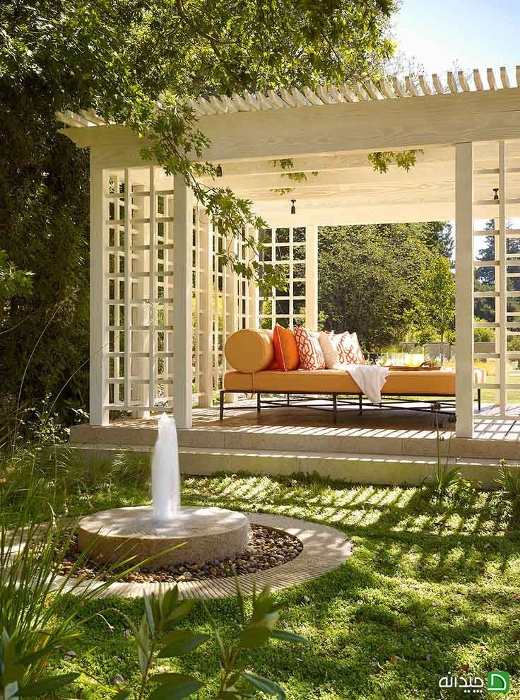 Peaceful pergola with chaise and small backyard fountain | Style Ideen    ᘡղbᘠ