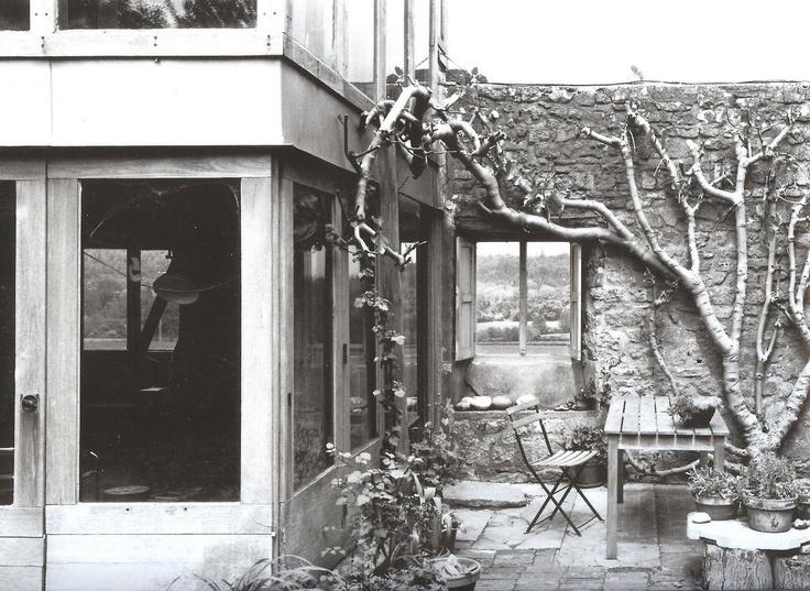 Upper Lawn Pavilion, Fonthill Estate, Tisbury, Wiltshire (1959-62) Alison & Peter Smithson
