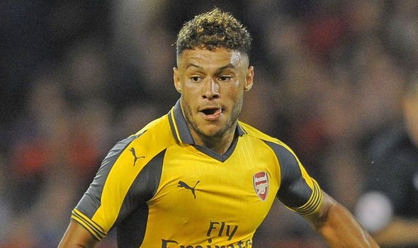Alex Oxlade-Chamberlain: This is how Arsenal can beat Chelsea   via Arsenal FC - Latest news gossip and videos http://ift.tt/2dkCGsW  Arsenal FC - Latest news gossip and videos IFTTT