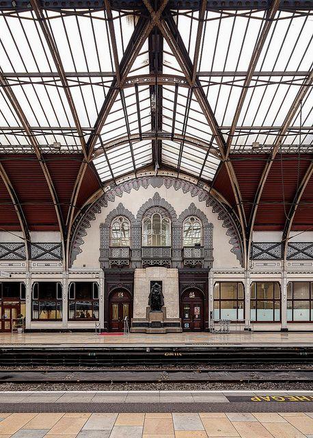 Paddington's first view of London, at Paddington Station.   Paddington