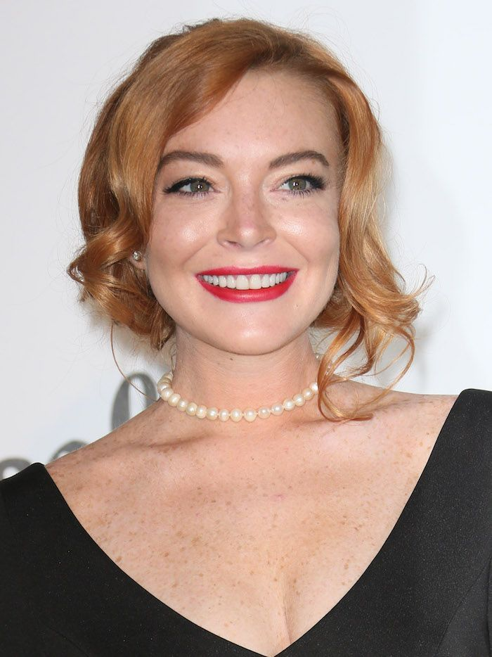 Lindsay Lohan Just Posted a Sneak Peek of Her Upcoming Makeup Line      Lindsay Lohan revealed that she's launching a makeup line. Click here to see the first look she debuted on Instagram.  https://www.byrdie.com/lindsay-lohan-makeup-line--5a664a6c11c5a?utm_campaign=crowdfire&utm_content=crowdfire&utm_medium=social&utm_source=pinterest
