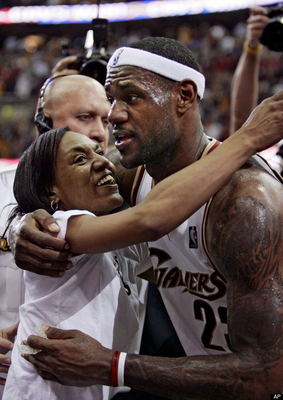LeBron James Mother | LeBron James Mom LeBron James Mom Photos Gloria James LeBron James ...