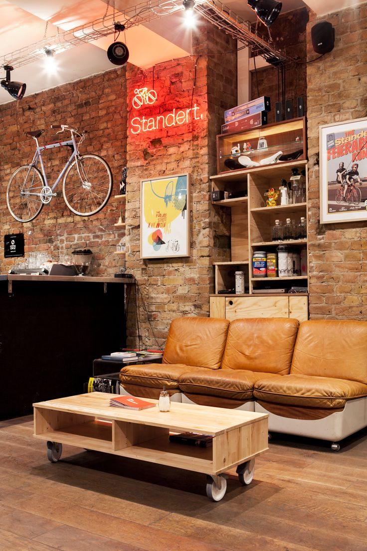 Standert Bicycles Shop & CaféPhotos by Constantin Gerlach                                                                                                                                                                                 More