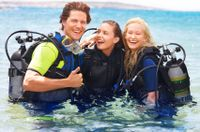 Need something cool to do in Bermuda? Learn how to SCUBA with our Discover Scuba Dive! For more information visit our website www.islandtourcentre.com!