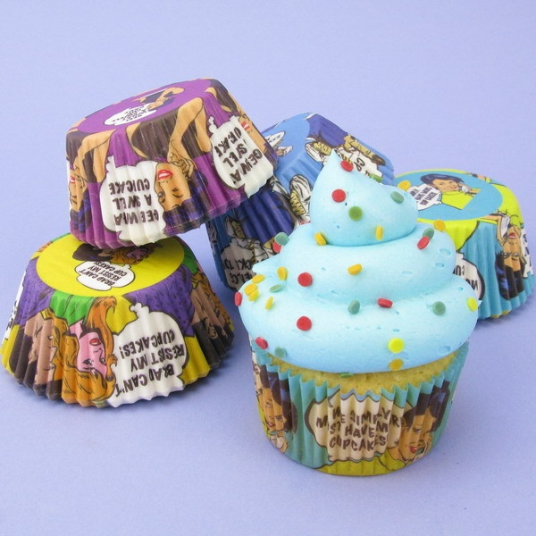 Pack Of 100 Cupcake Cases With Vintage Comic Strip Designs
